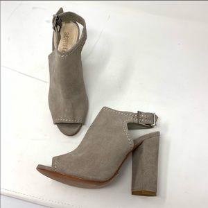 Schutz sandal suede heels size 9
